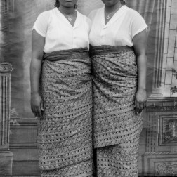 "Twin ""sisters"". (Chief Solomon Osagie Alonge, Ideal Photo Studio, Benin City, Nigeria)"
