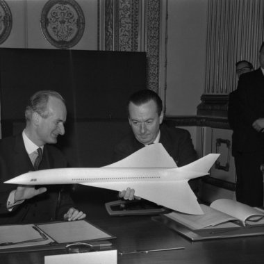 On November 29, 1962, the governments of France and Great Britain signed a concord agreement to build a supersonic jet liner, hence the name of the plane that resulted: Concorde.