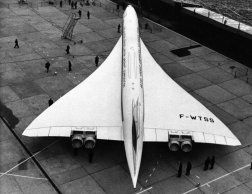 The Concorde had features found on no other Western commercial airliner, such as the double delta wing and ...