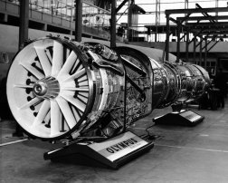 The engine selected to power the Concorde was the Olympus 593 turbojet, developed by Bristol Siddeley and Snecma.