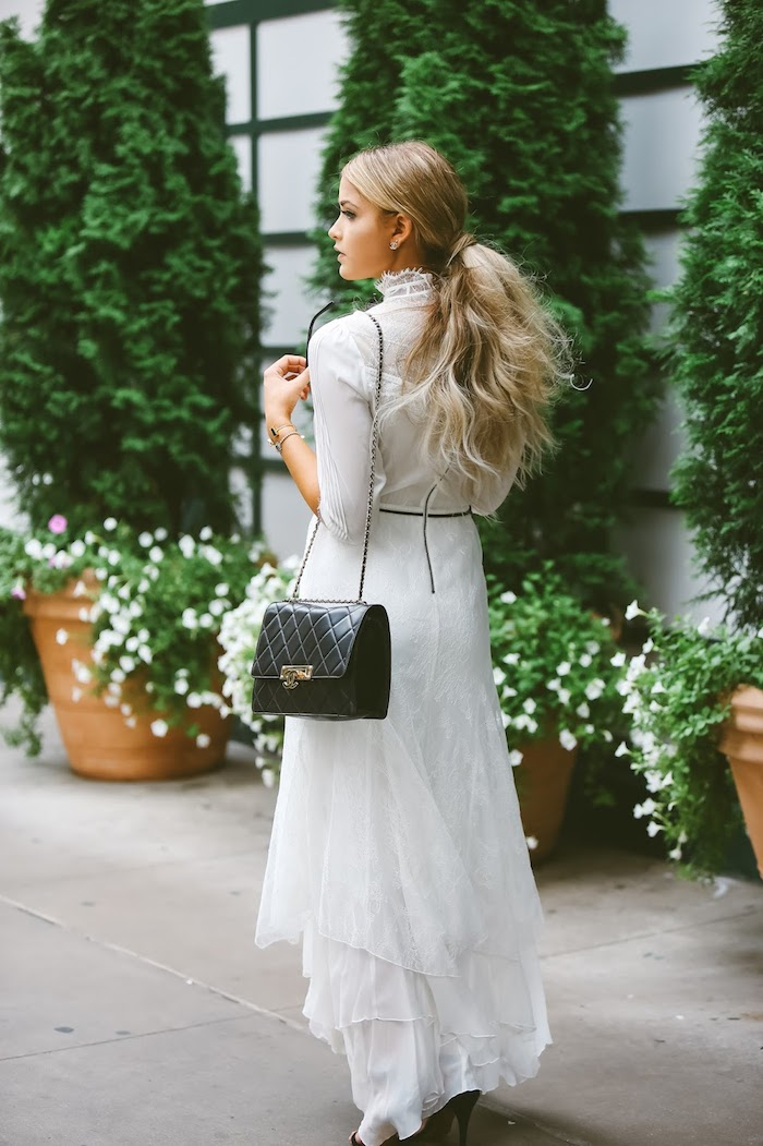 victorian-lace-dress-cara-loren