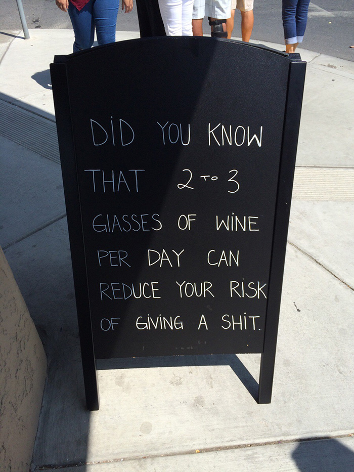 funny-bar-signs-1__700