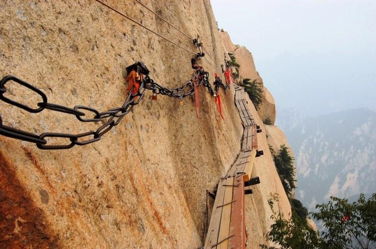 Mount-Hua-Shan-Huayin-23