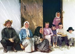 ca. 1907-1915 Ethnic Russian settlers to the Mugan Steppe region established a small settlement named Grafovka, immediately north of the border with Persia. Settlement of Russians in non-European parts of the empire, and particularly in border regions, was encouraged by the government and accounts for much of the Russian migration to Siberia, the Far East and the Caucasus regions. IMAGE: PROKUDIN-GORSKII / LIBRARY OF CONGRESS>