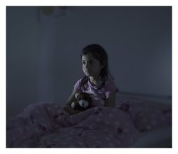 Norberg, Sweden. Every night, Fatima dreams that she's falling from a ship. Together with her mother, Malaki, and her two siblings, Fatima fled from the city Idlib when the Syrian national army senselessly slaughtered civilians in the city. After two years in a refugee camp in Lebanon, the situation became unbearable and they made it to Libya where they boarded an overcrowded boat. On the deck of the boat, a very pregnant woman gave birth to her baby after twelve hours in the scorching sun. The baby was a stillbirth and was thrown overboard. Fatima saw everything. When the refugee's boat started to take on water, they were picked up by the Italian coastguard.