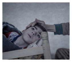 """Suruc. Shiraz, 9, was three months old when she was stricken with a severe fever. The doctor diagnosed polio and advised her parents to not spend too much money on medicine for the girl who """"didn't have a chance."""" Then the war came. Her mother, Leila, starts crying when she describes how she wrapped the girl in a blanket and carried her over the border from Kobane to Turkey. Shiraz, who can't talk, received a wooden cradle in the refugee camp. She lies there. Day and night."""