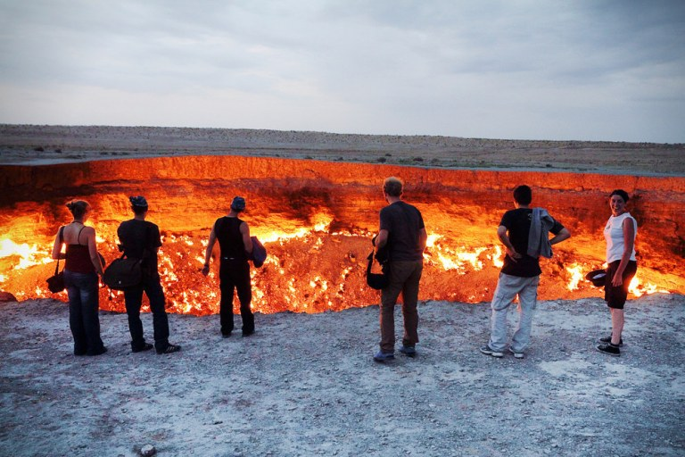 The-Door-to-Hell-Derweze-Turkmenistan-1