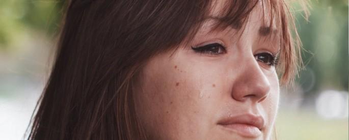 womancrying-685x275